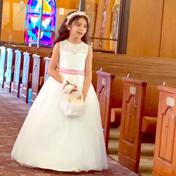 Other - Flower girl  dress 👧🏻 🌺💝